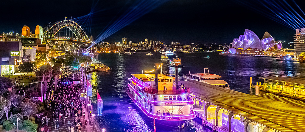 Spectacular Vivid Cruises in Sydney with a 1-Hour Show