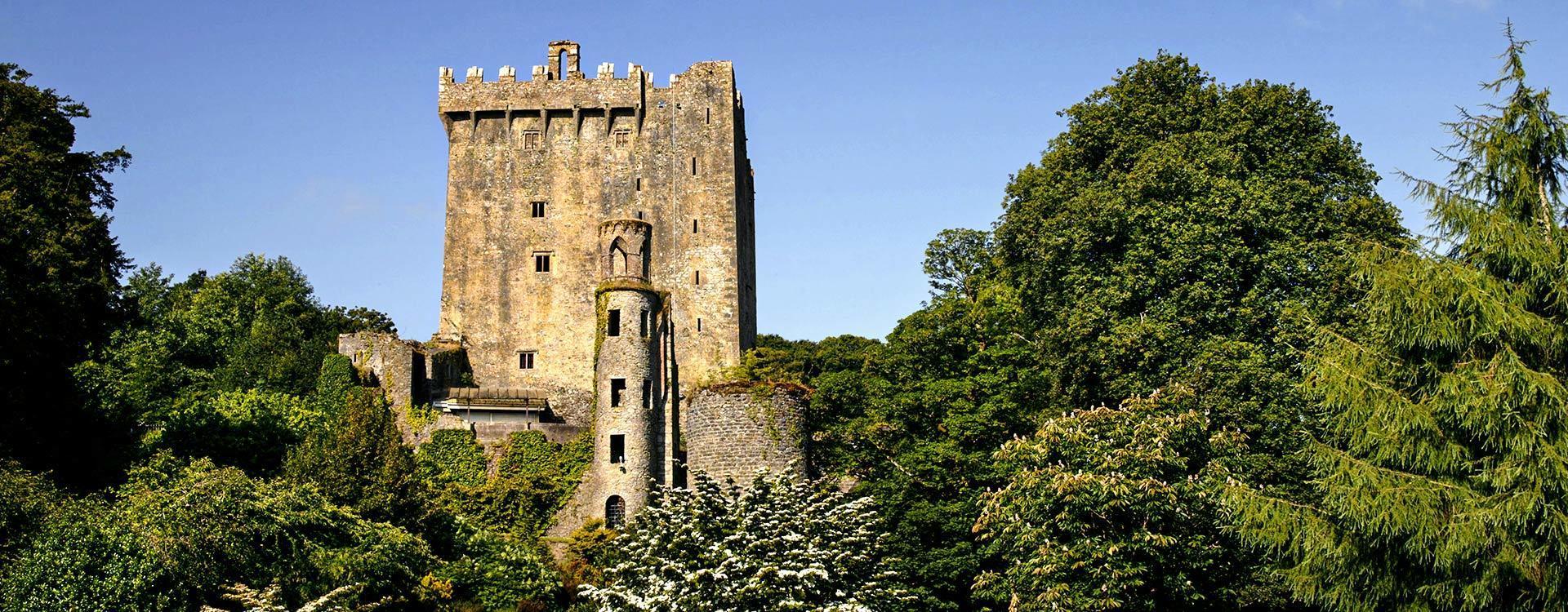 Excursión de dos días a los Acantilados de Moher y Blarney desde Dublín
