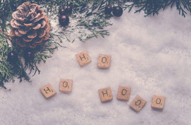 Christmas scrabble peices
