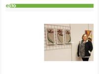 """Marie-Thérèse de Groot, geboren in 1953, heeft april 2016 het droogvilten, naaldvilten, ontdekt tijdens een workshop """"Schilderen met wol"""". Schilderen met wol, dat had voor haar een magische klank. Het werken met zo veel kleuren wol, het laten verlopen van de ene kleur in de andere: de passie om met dit materiaal te werken is ontstaan."""
