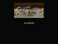 Bronsgieterij en Kunstkabinet 'de Paardenstal', van Ron en Nathalie IJzerman. gevestigd in hartje Scheveningen. Er wordt gewerkt volgens de a cire perdue methode.Ook voor bemiddeling in de aan- en verkoop van bronzen beelden.