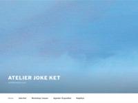 Deze site geeft een indruk van het werk van Joke Ket.De manier van schilderen en haar prachtige reisverhalen.Een deel van de opbrengst van haar schilderijen gaat naar de bouw van een school in Sri Lanka.Dat initiatief heeft ook mijn interesse gewekt.Een deel van mijn eigen werk,wat ik verkoop gaat zeker naar een goed doel.Een goed initiatief waar ik helemaal achter sta.