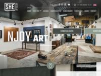 SHE Art Gallery is een prachtige warme galerie gelegen in Nuenen, nabij Eindhoven.  Deze galerie van Sheila Haasnoot zorgt elke maand weer voornieuwe uitdagendeexposities maar toont daarnaast ook werken van een vast kunstenaarsbestand.  Beslist een bezoek waard !