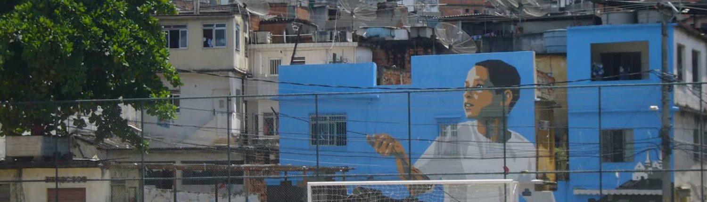 El chico de la cometa azul - Favela Painting