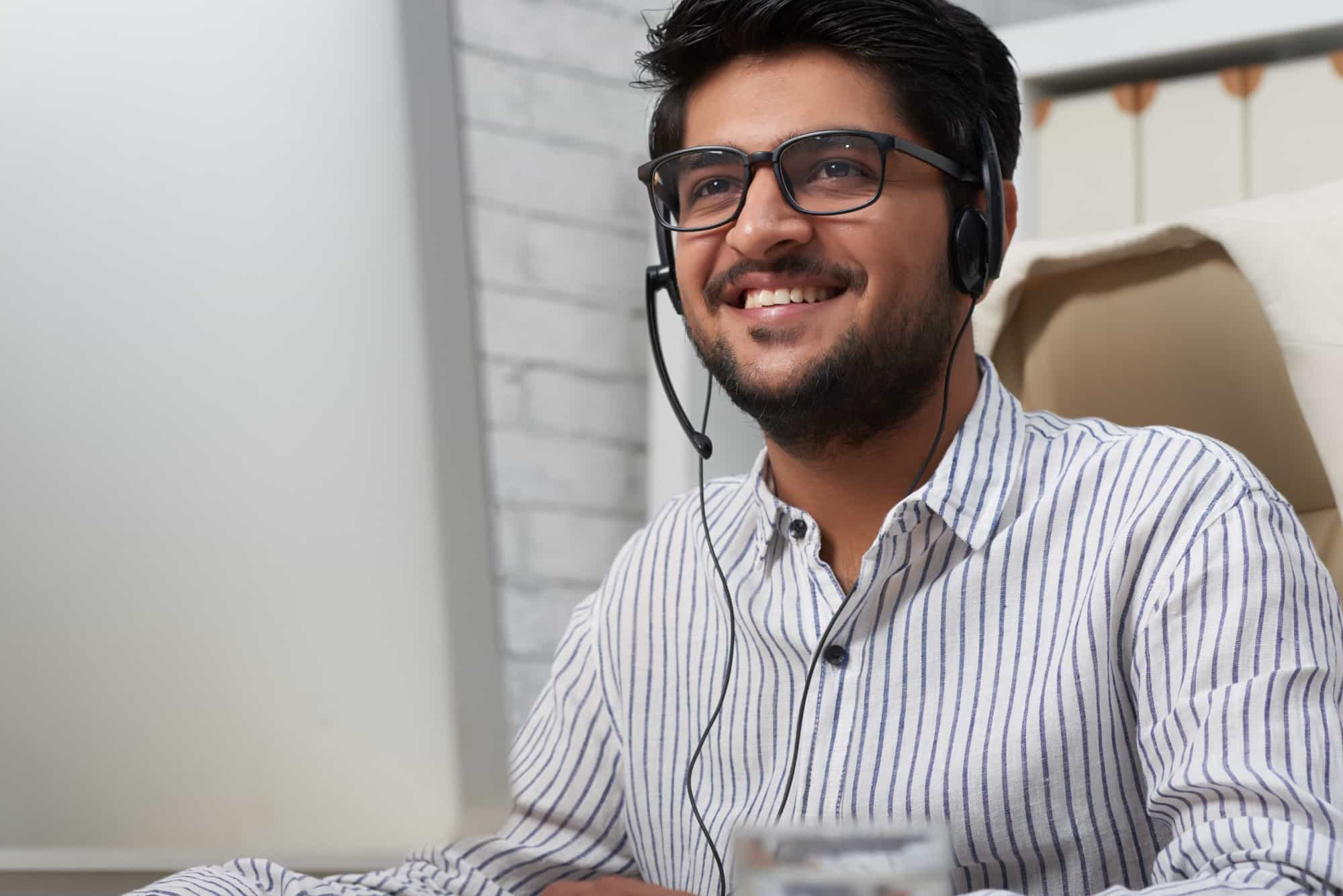 customer support rep smiling