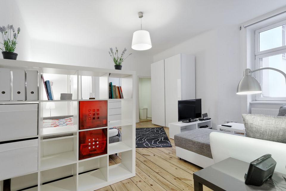 wohnen auf zeit in berlin ausgew hlte m blierte wohnungen. Black Bedroom Furniture Sets. Home Design Ideas