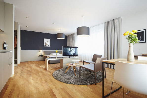 wohnen auf zeit in frankfurt gallusviertel. Black Bedroom Furniture Sets. Home Design Ideas