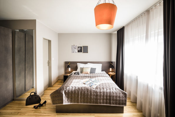 wohnen auf zeit in frankfurt gallusviertel. Black Bedroom Furniture Sets. Home Design Ideas