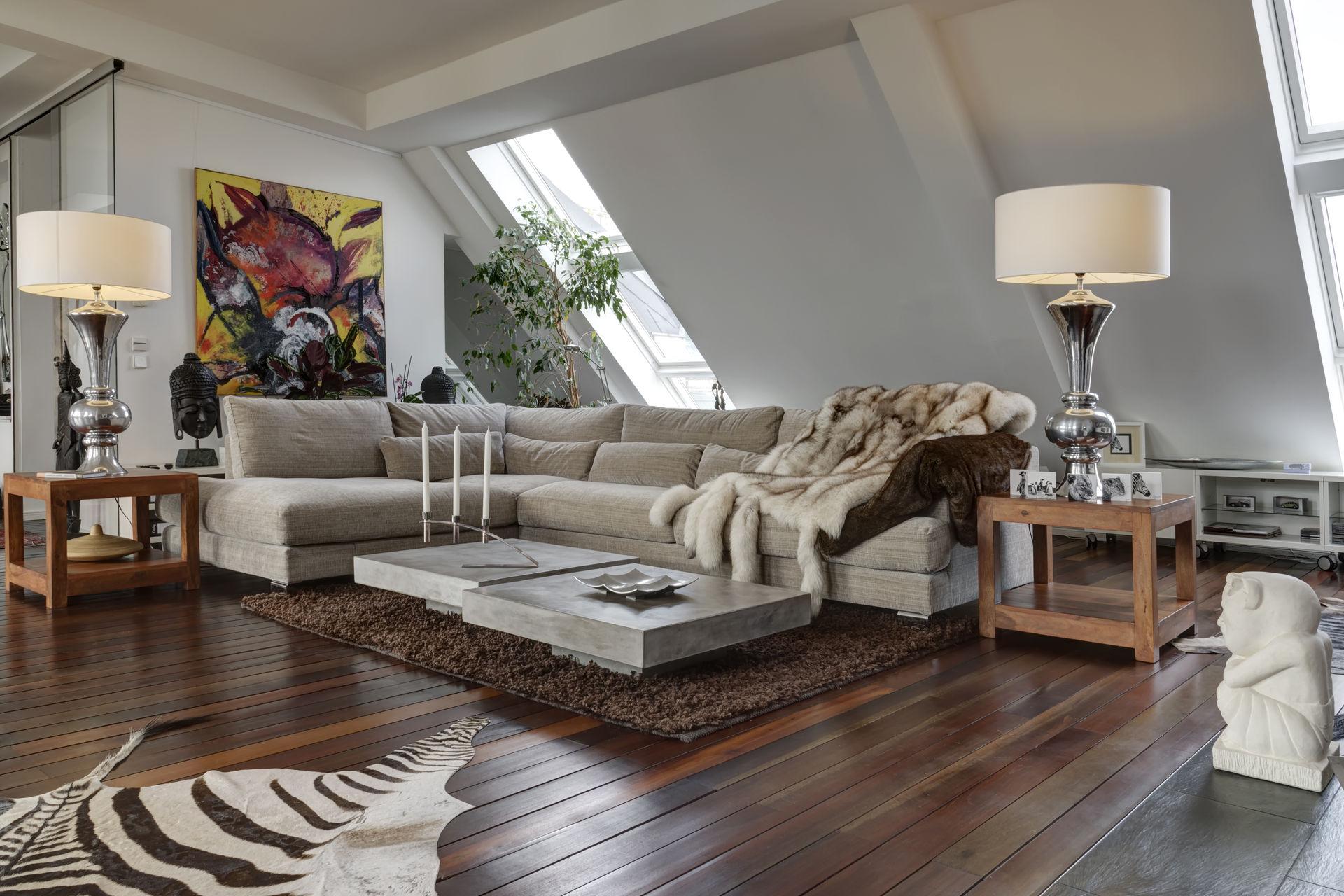 luxuri se dachgeschosswohnung mit terrasse und whirlpool farawayhome. Black Bedroom Furniture Sets. Home Design Ideas