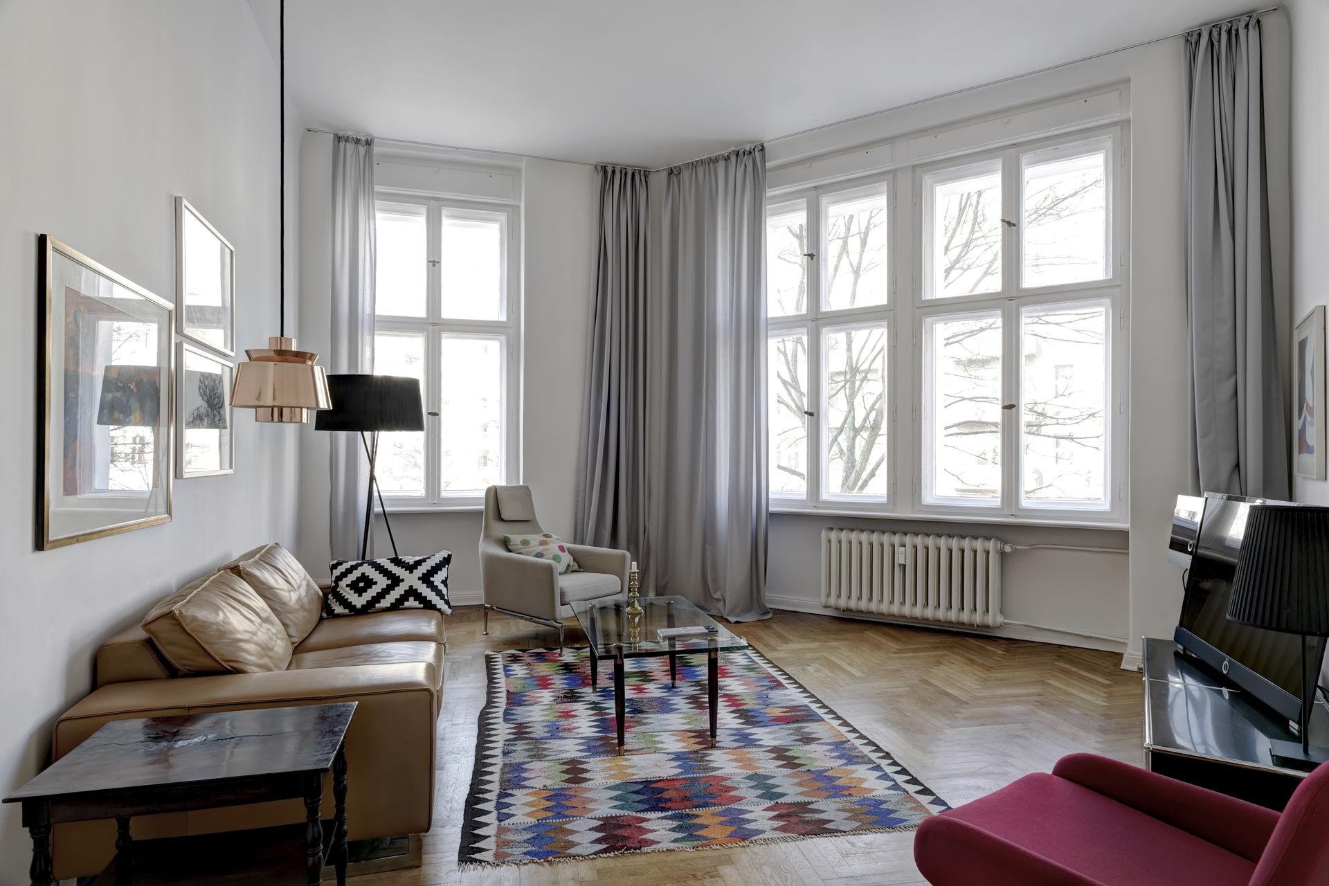 wunderbare wohnung im prestigereichen wilmersdorf. Black Bedroom Furniture Sets. Home Design Ideas