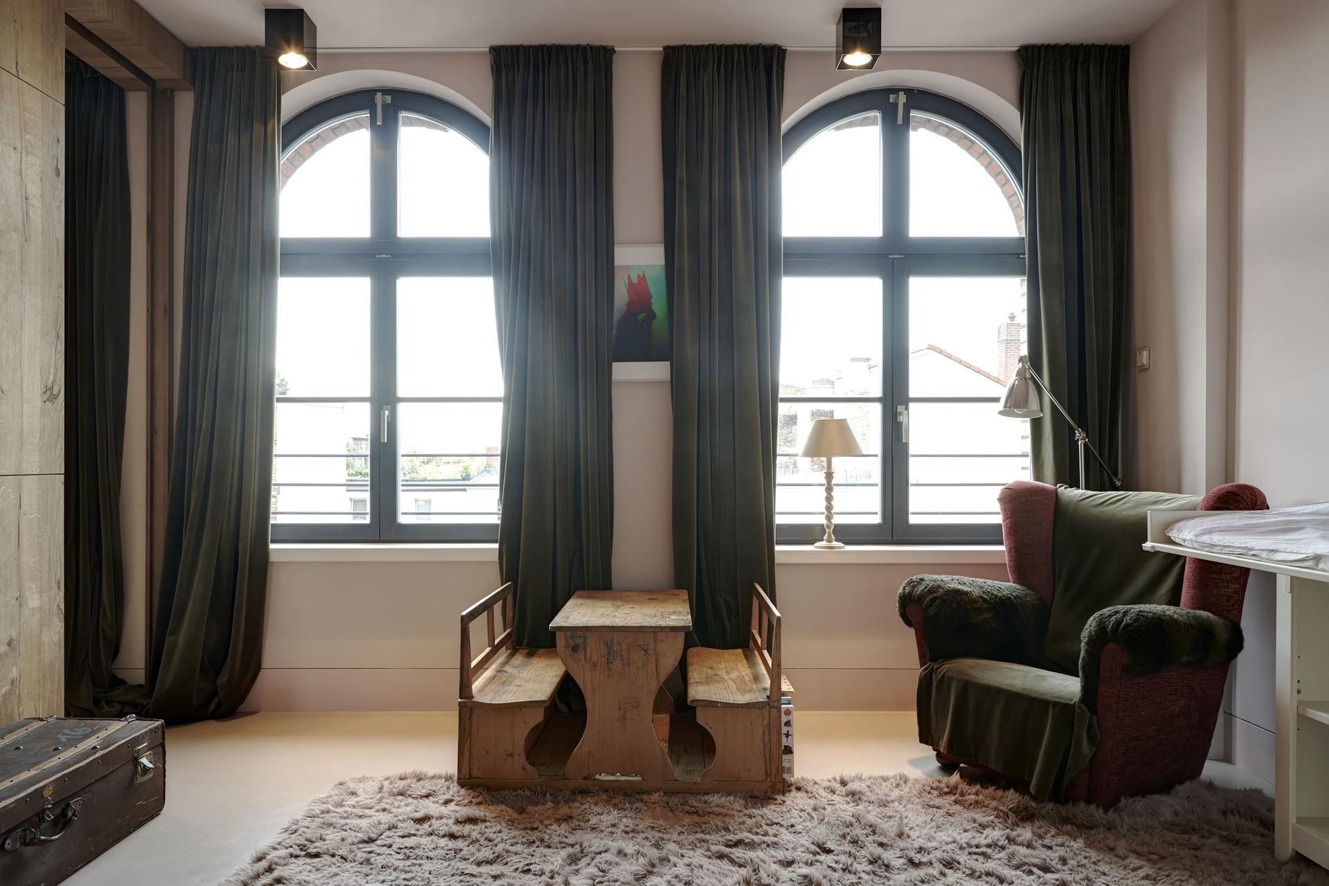 luxus penthouse in berlin mitte. Black Bedroom Furniture Sets. Home Design Ideas