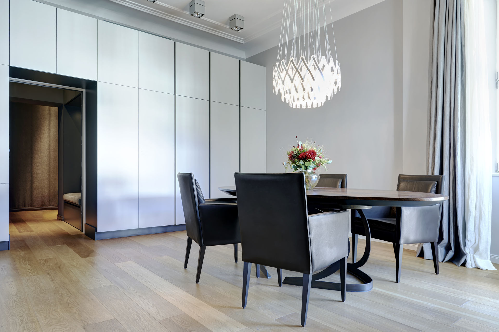 einzigartiges luxus apartment im haus cumberland farawayhome. Black Bedroom Furniture Sets. Home Design Ideas