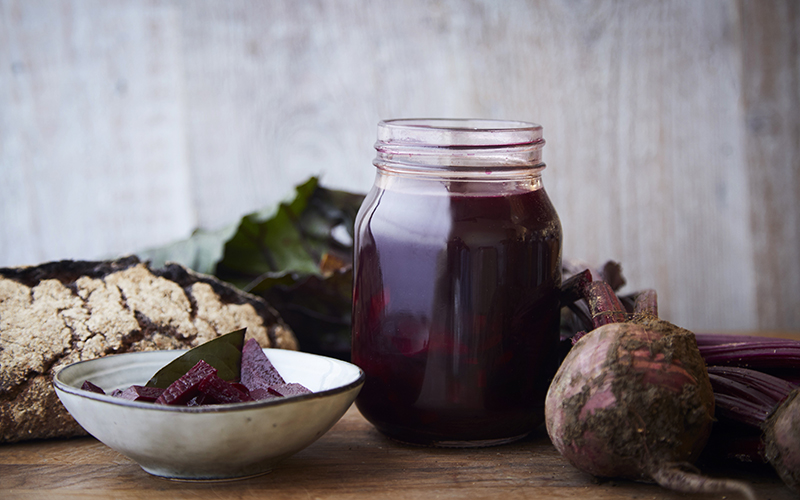 Fermented Beetroot juice. Recipes for a merry meat-free Christmas, Polish style