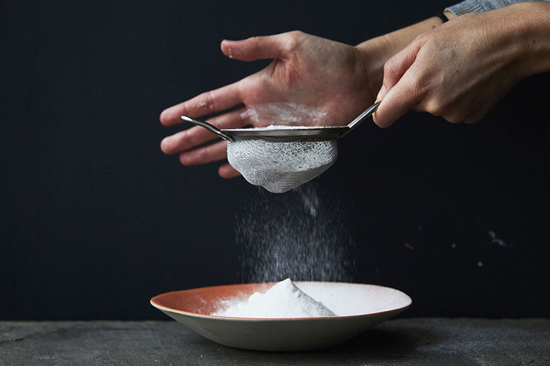 How to make icing sugar at home (it's really easy)