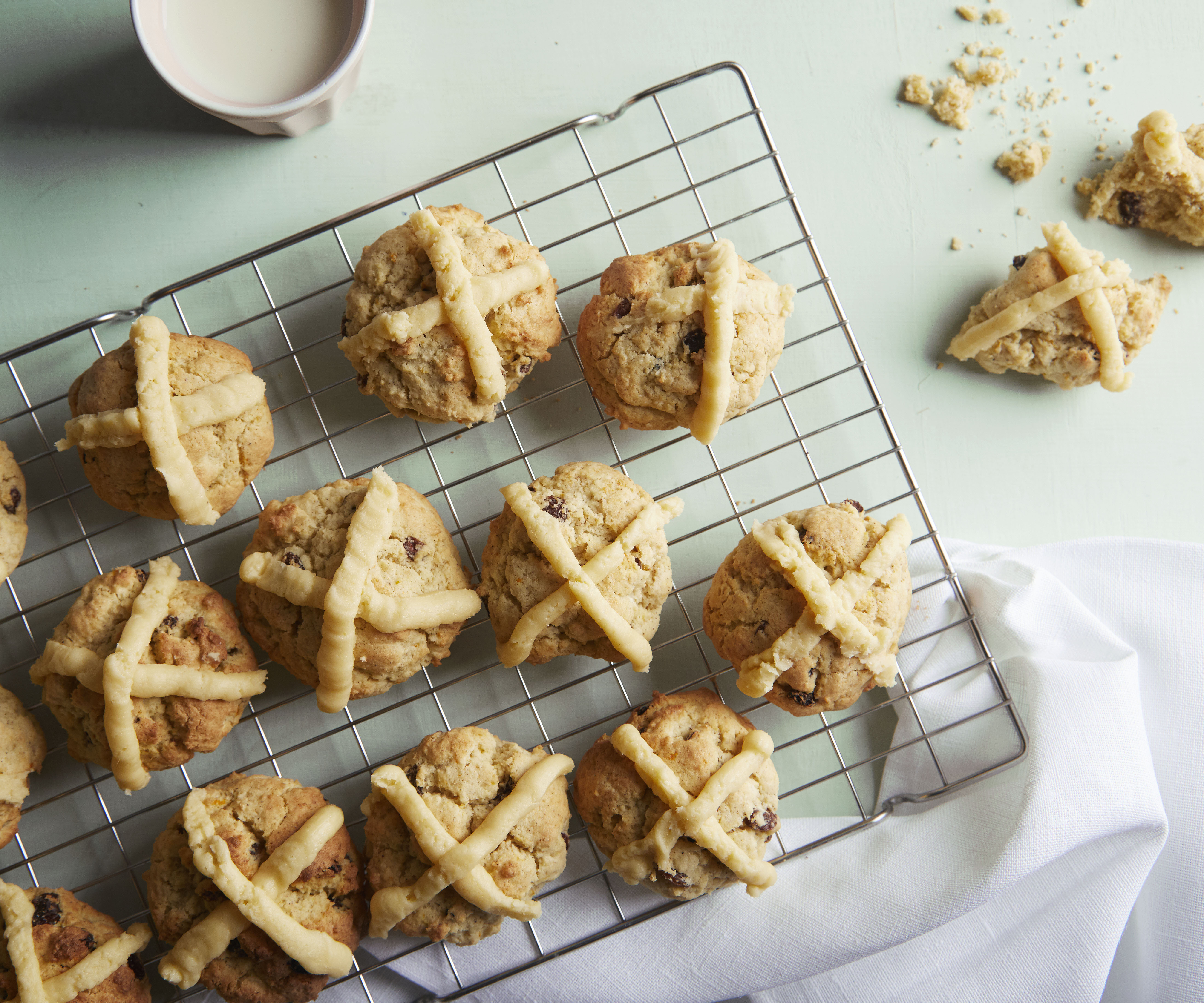 Hot cross easter biscuits
