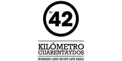 KILÓMETRO CUARENTAYDOS logo