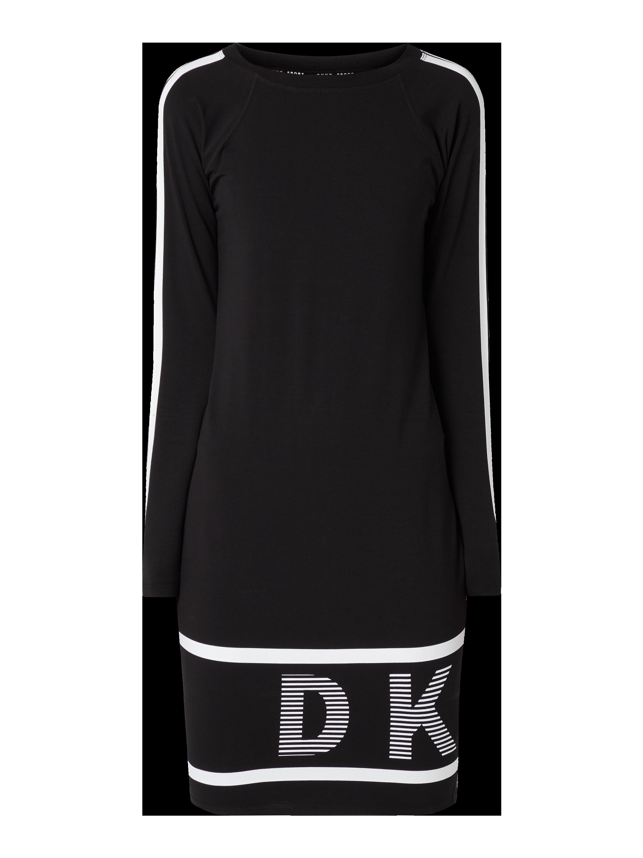 DKNY PERFORMANCE – Jerseykleid mit Logo Prints – Schwarz