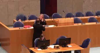 Minister Schultz tijdens het Fietsersbond-debat
