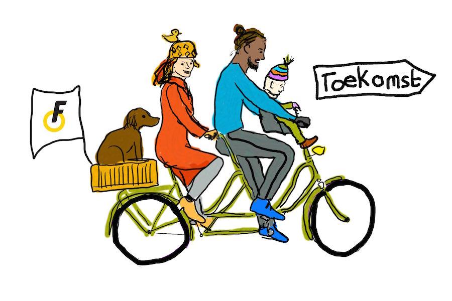 Gezin op tandem met hond achterop en kind voorop