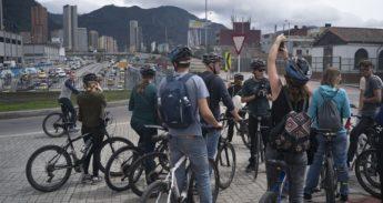 Fietsers in Bogota