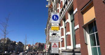 Bord met Snorfietsen verboden in Amsterdam