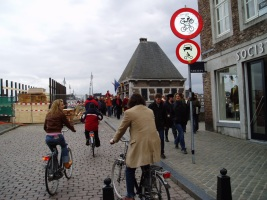 Sint Servaasbrug geblokkeerd