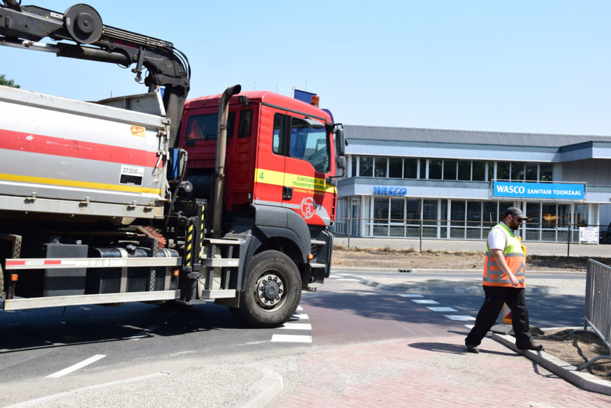 Hoekerweg-laatste-fase-aanleg-rotonde-20klein