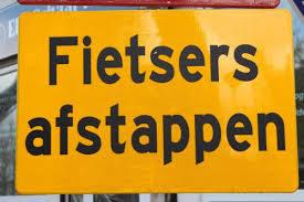 bord_fietsers_afstappen