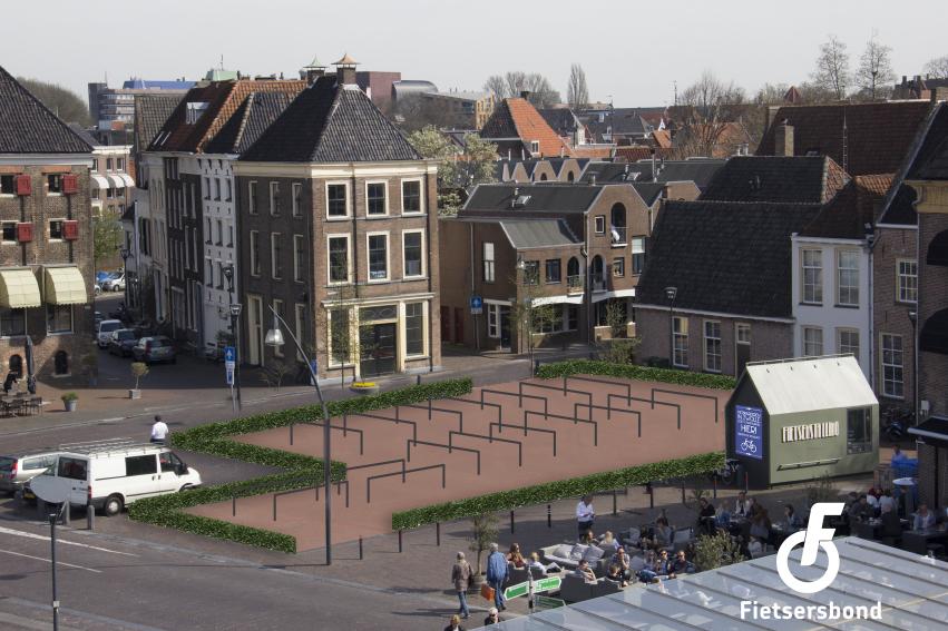 Bewerkte foto: Rodetorenplein: idee voor fietsparkeren
