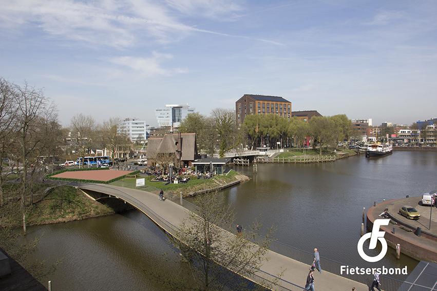 Bewerkte foto: Hofvliet Villa: ruimte voor fietsparkeren