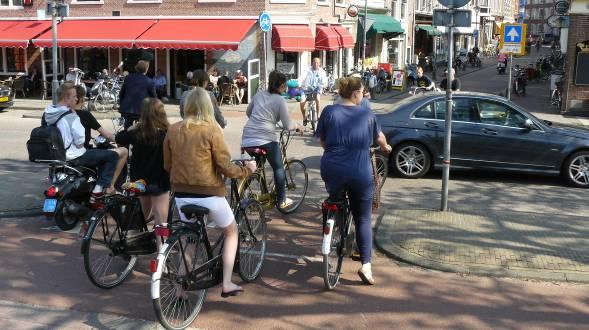 2014-01-25_Dringen_op_fietspaden_Zijlbrug_-_Zijlstraat