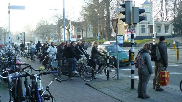 2014-01-25_Kennemerplein_naar_Frans_Halsplein