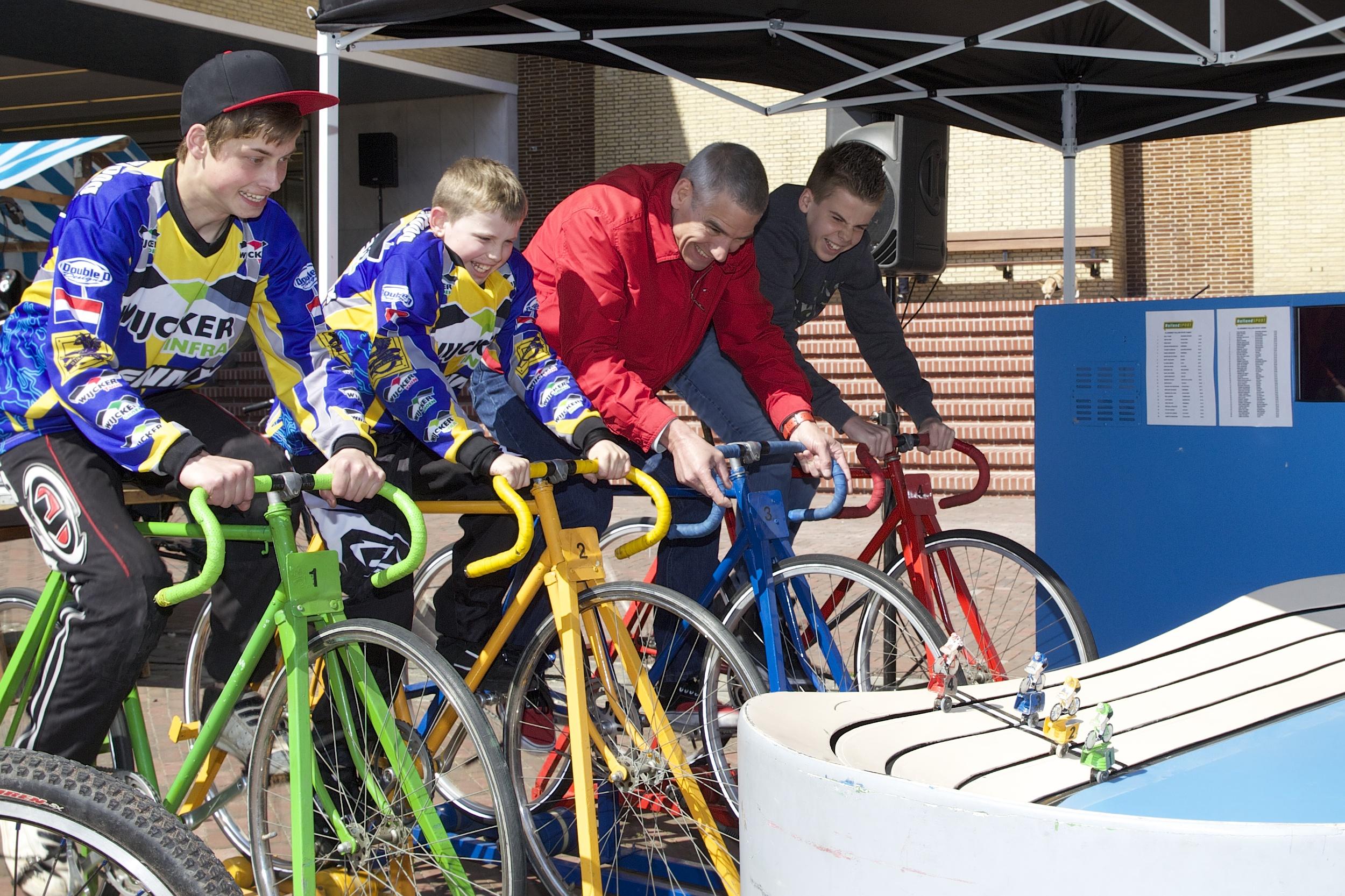 De race 4 fietsers