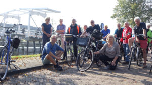069-groepsfoto-bij-Nieuwe-Kwakelfietsbrug1