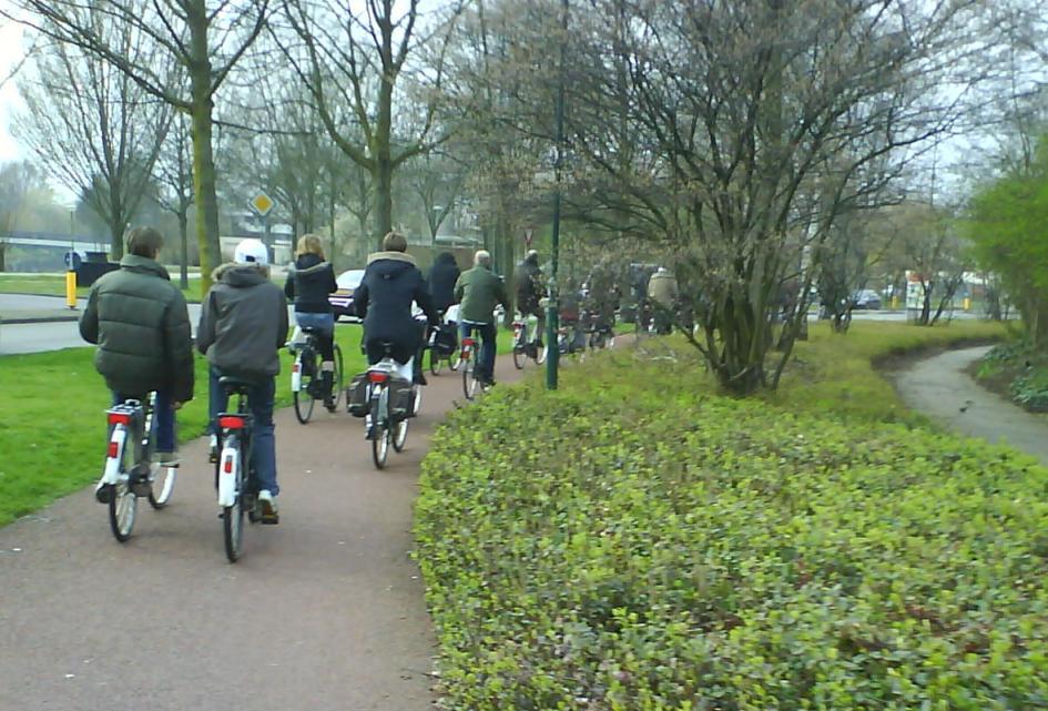 rij fietsers op De Pionier