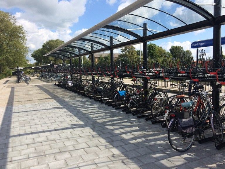 800×600-hb-harlinger-belang-fiets-stalling-station-harlingen-ns