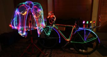 Lighted_bicycle_jacket