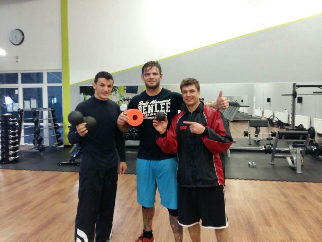 Boxing Robin Krasniqi 2