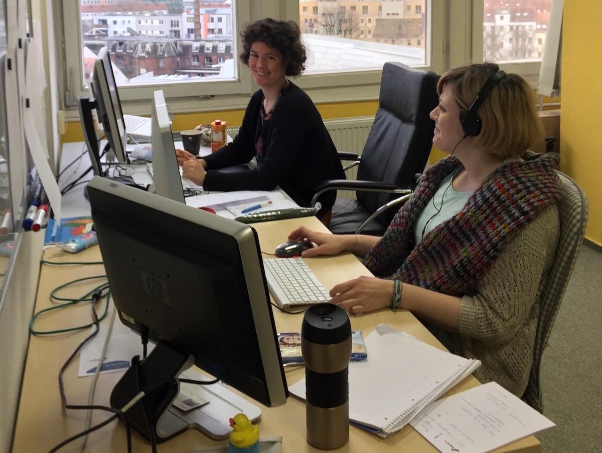 Anna und Andrea, Masterstudentinnen der Psychologie