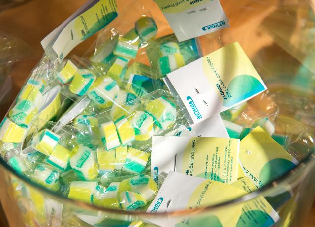 Bonbons mit Logo, Wunschfarbe und Wunschgeschmack