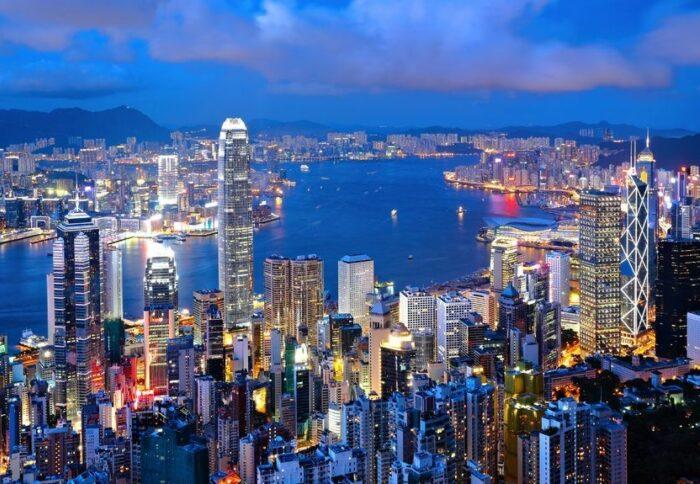 Geschichte 2011 Expansion Asia