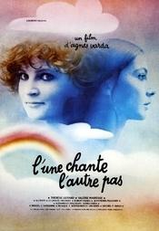 One Sings, the Other Doesn't / L' une chante, l' autre pas