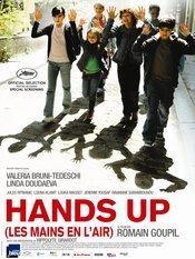 Les mains en l'air