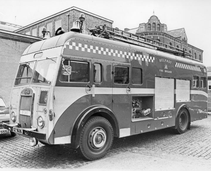 1954 Dennis ET, OZ9606 - Belfast Fire Brigade
