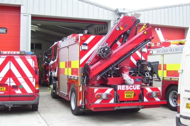 West Sussex Fire & Rescue HRT back
