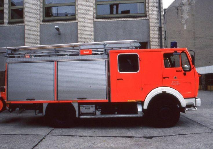 Fire Department Berlin Mercedes-Benz pump