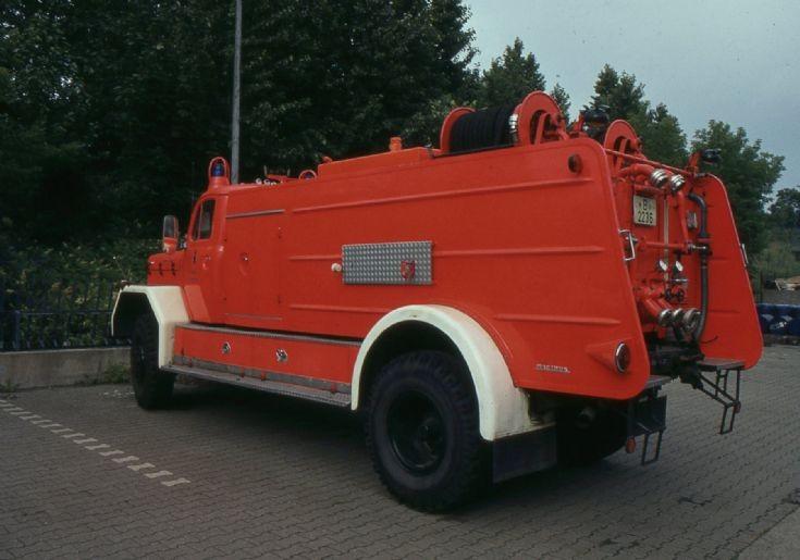 Fire department Berlin - Germany Airport pumper