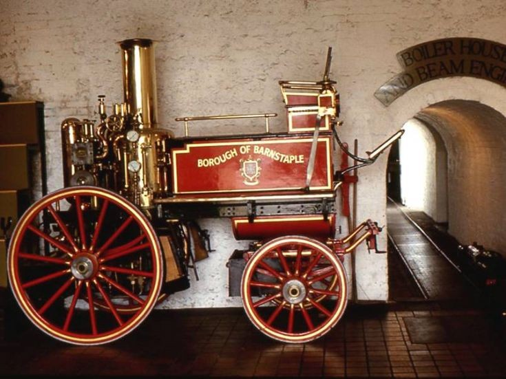 Horse-drawn fire engine - Barnstaple