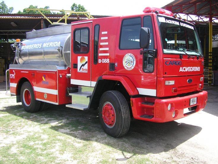 Ford Truck Tank, Fire Brigade Merida, Venezuela