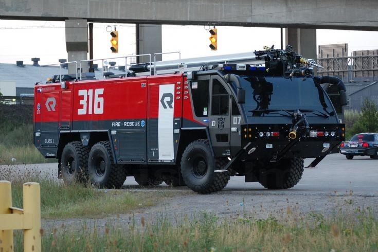 Transfomers 3 Rosenbauer Fire truck
